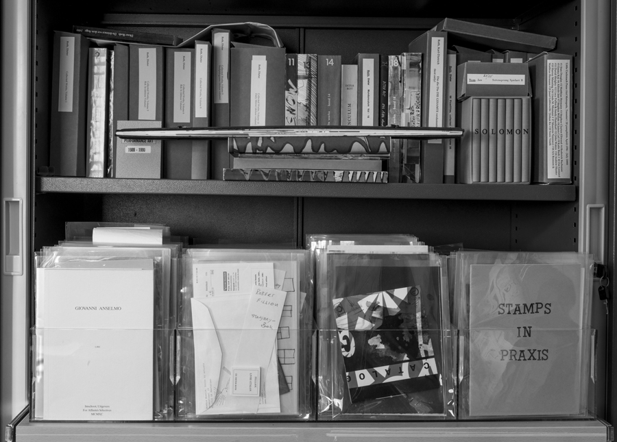 2_gg section artist books collectionlight