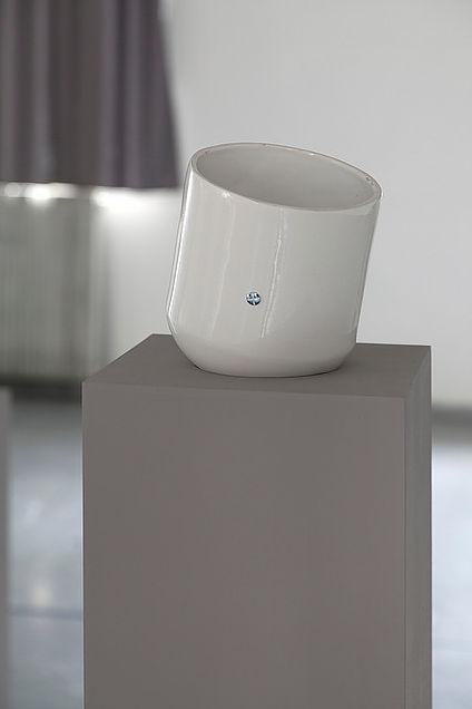 Cloche en porcelaine Octave Courtin