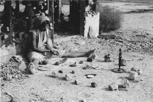Barbara McCullough, Water Ritual #1: an Urban Rite of Purification, 1979, film still. Courtesy de l'artiste