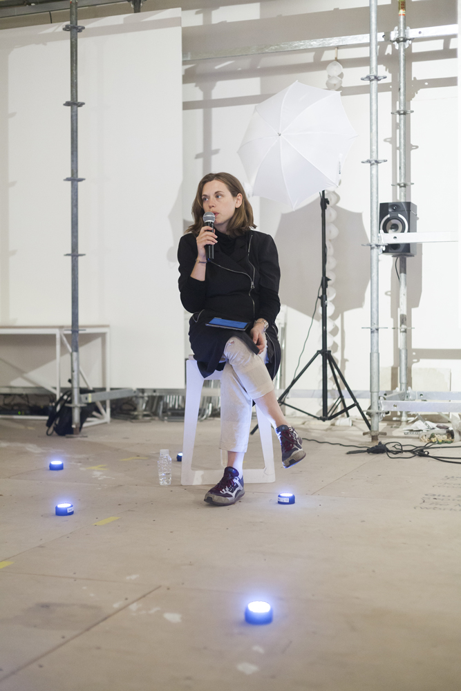 Reading,-The-6th-Moscow-Biennale-of-Contemporary-Art,-Moscow,-RU-copyWEB