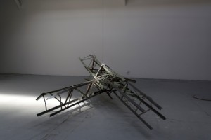 Clément Laigle, Prototyp (model), 2014. Acier usagé, dimensions variables.  © Clément Laigle. Courtesy the artist and galerie Gourvennec Ogor, Marseille